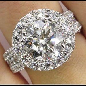 Gorgeous Round Cut White Sapphire Silver Ring